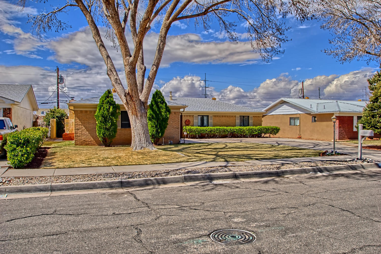 1421 NE Boatright Drive, Albuquerque Northeast Heights, New Mexico