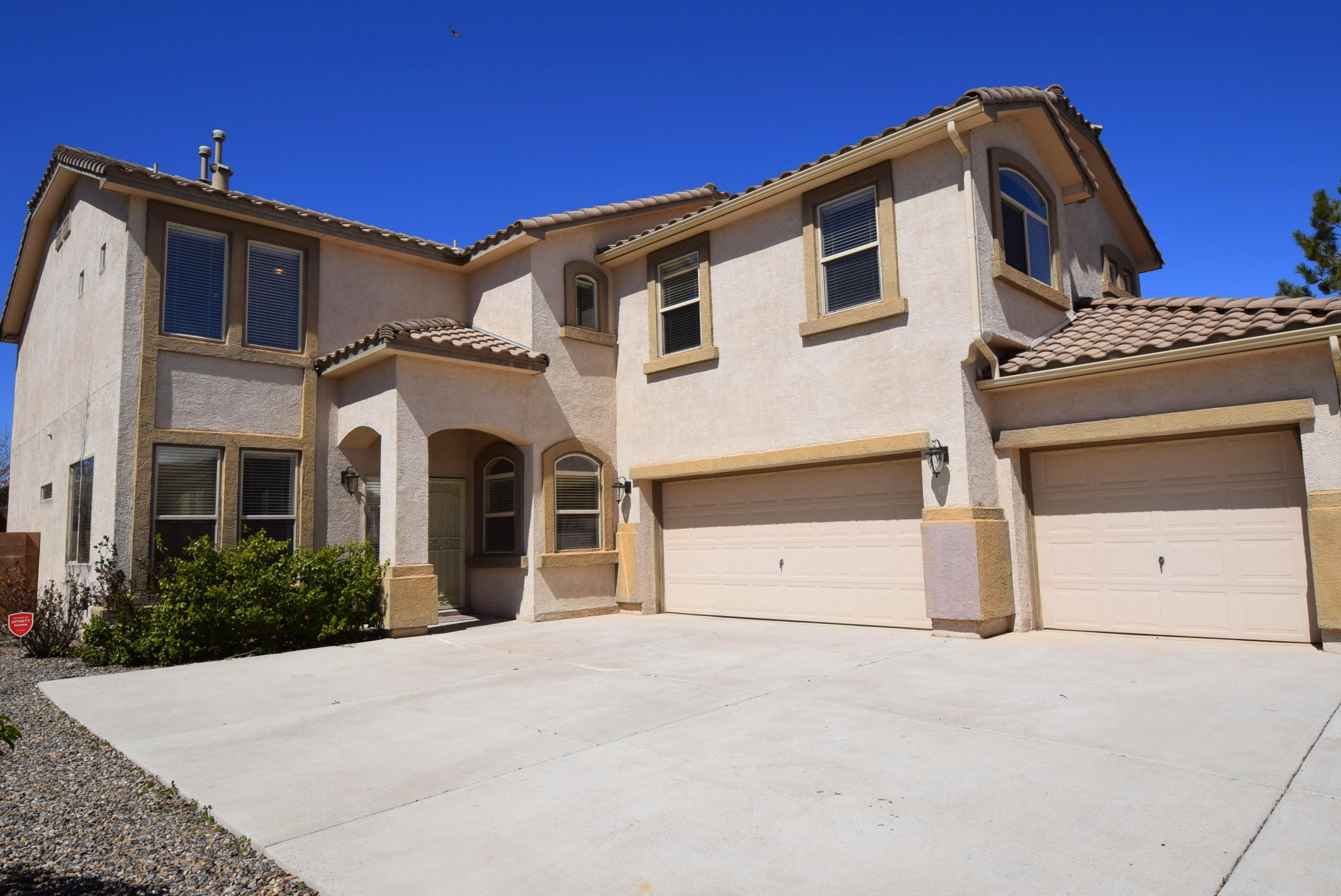 One of Northwest Albuquerque and Northwest Heights 5 Bedroom Homes for Sale at 10431 NW Venticello Drive
