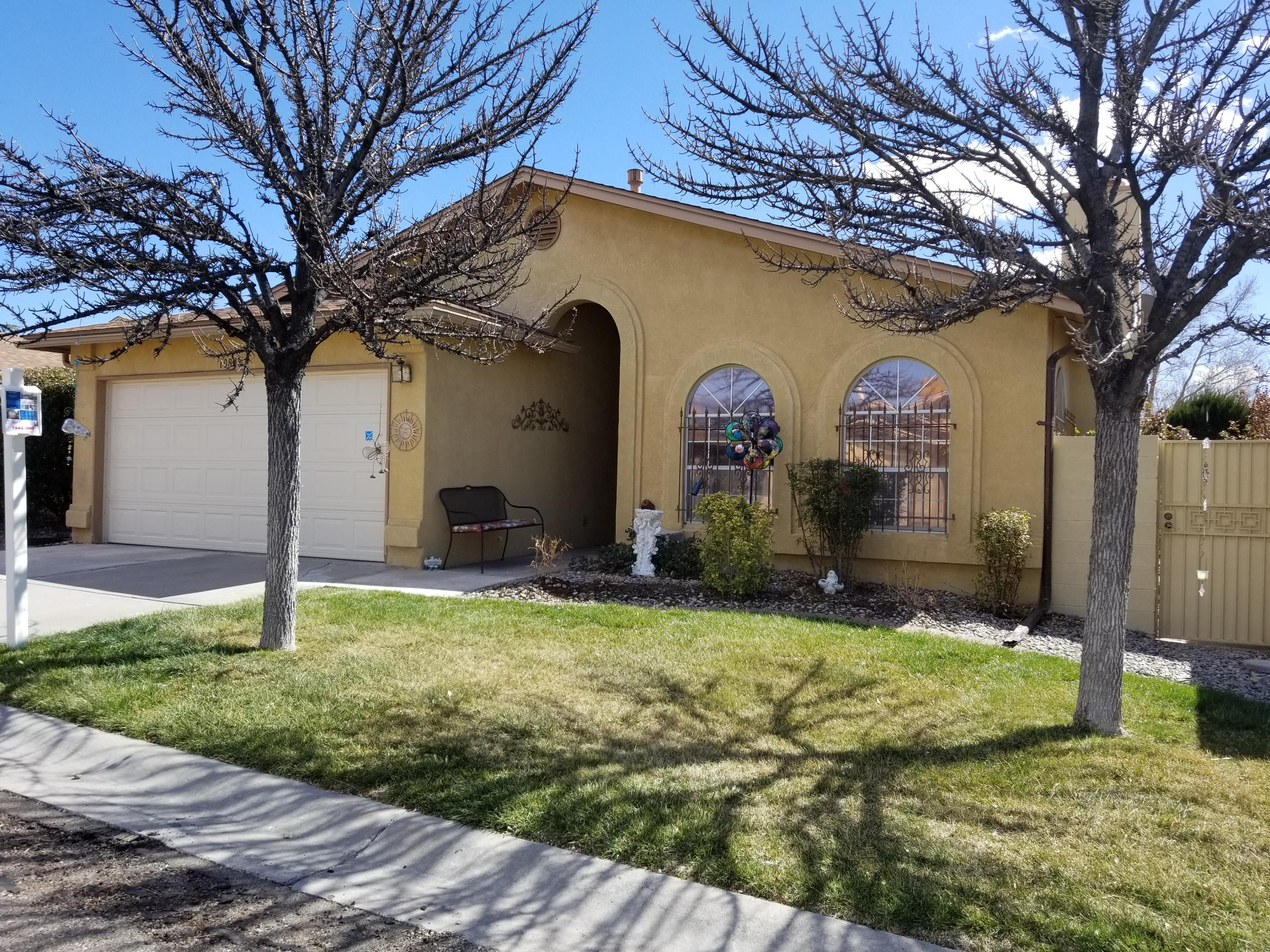 10808 NE Central Park Drive, Albuquerque Northeast Heights in Bernalillo County, NM 87123 Home for Sale