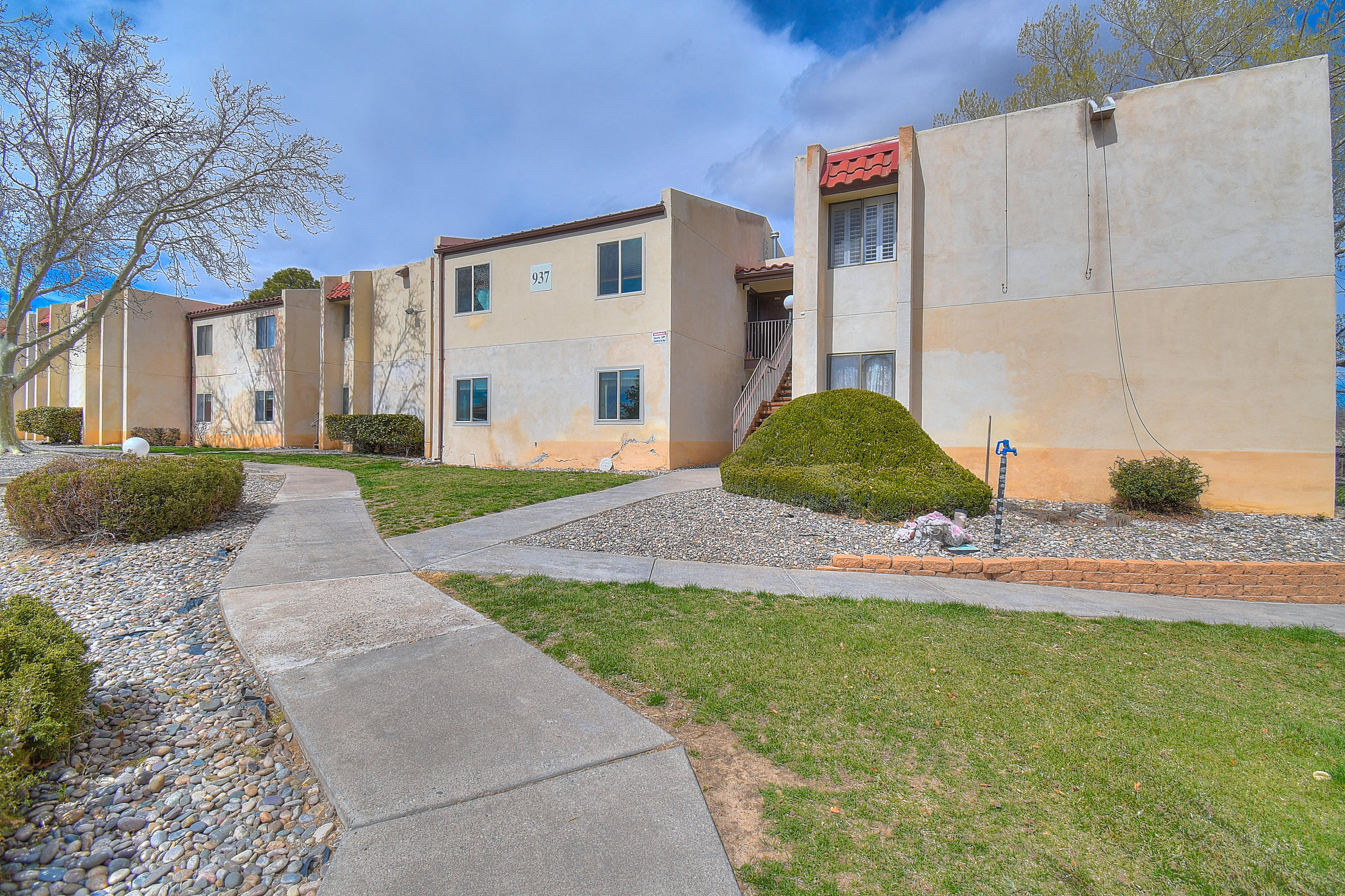 937 SE Country Club Drive, Rio Rancho, New Mexico