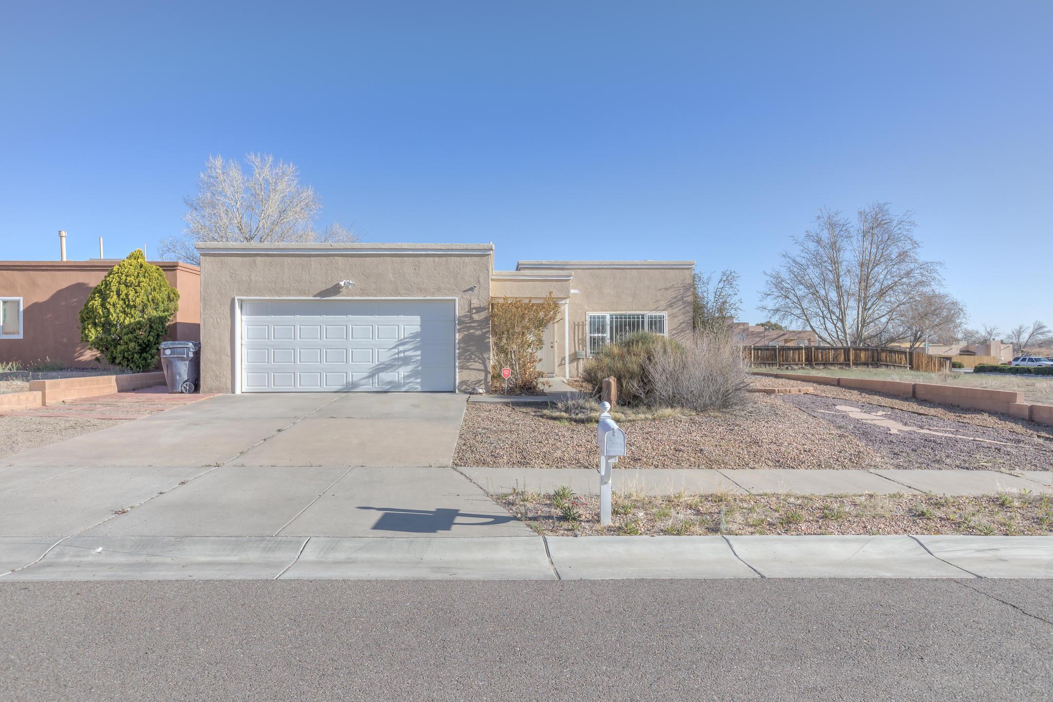 7505  Corte Dorada, Northwest Albuquerque and Northwest Heights, New Mexico