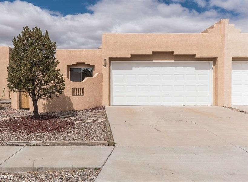 One of Northwest Albuquerque and Northwest Heights 3 Bedroom Homes for Sale at 7805 NW Al Street