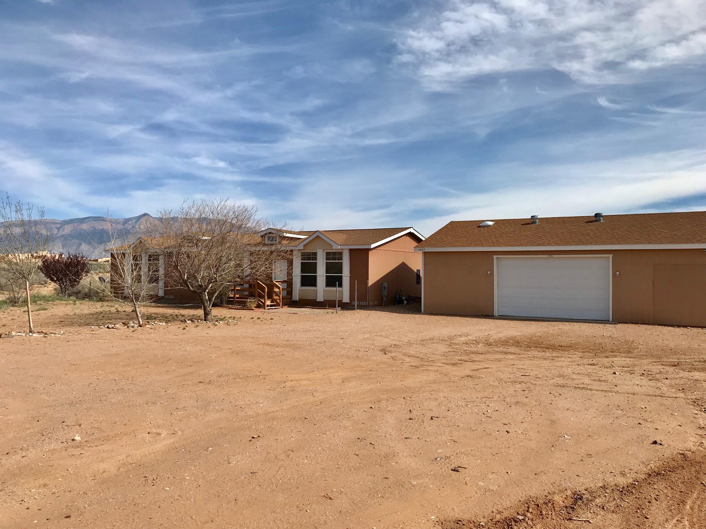 5660 NE Iris Road, Rio Rancho, New Mexico