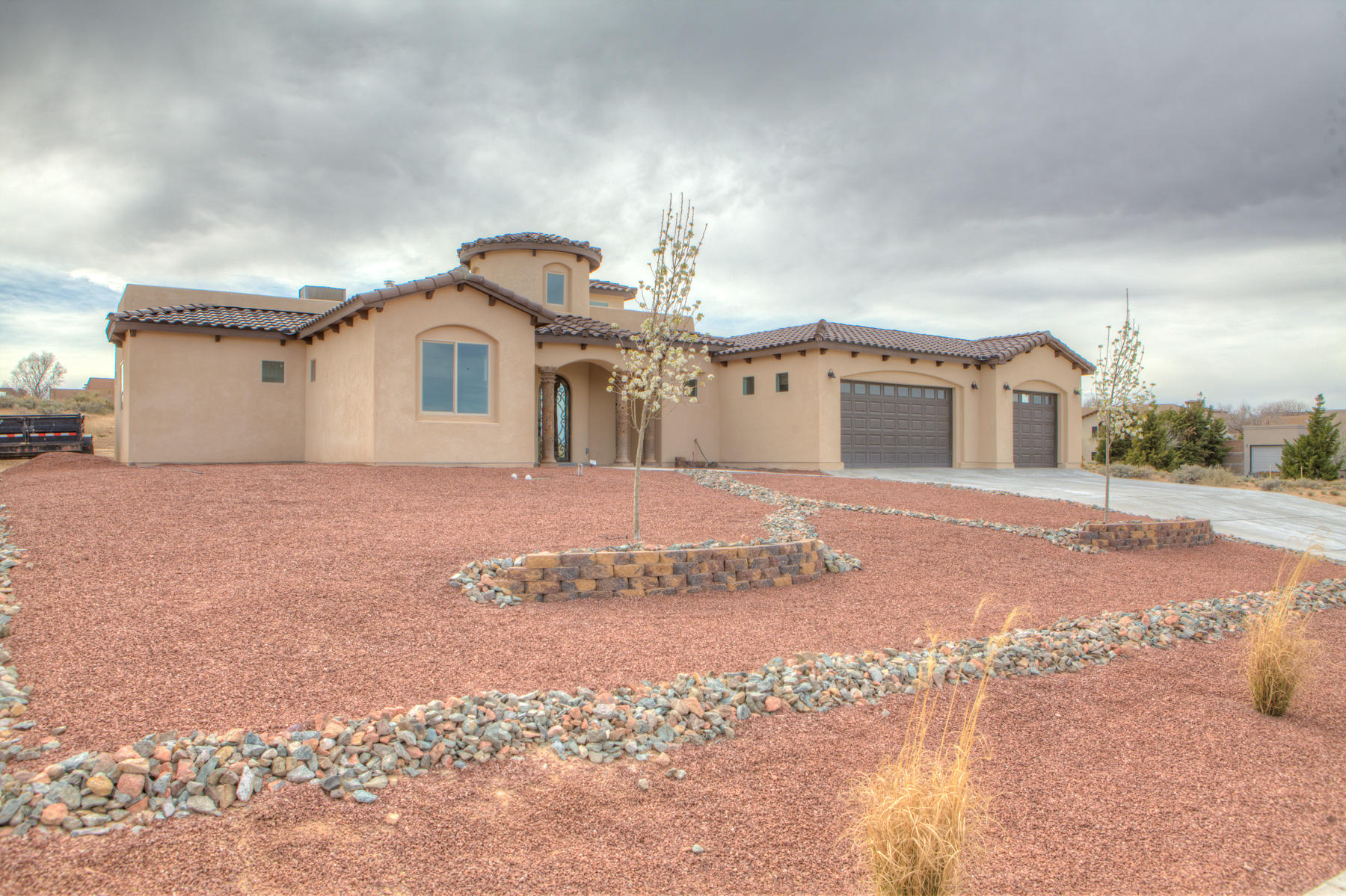 2250 NE Escudo Road, Rio Rancho, New Mexico