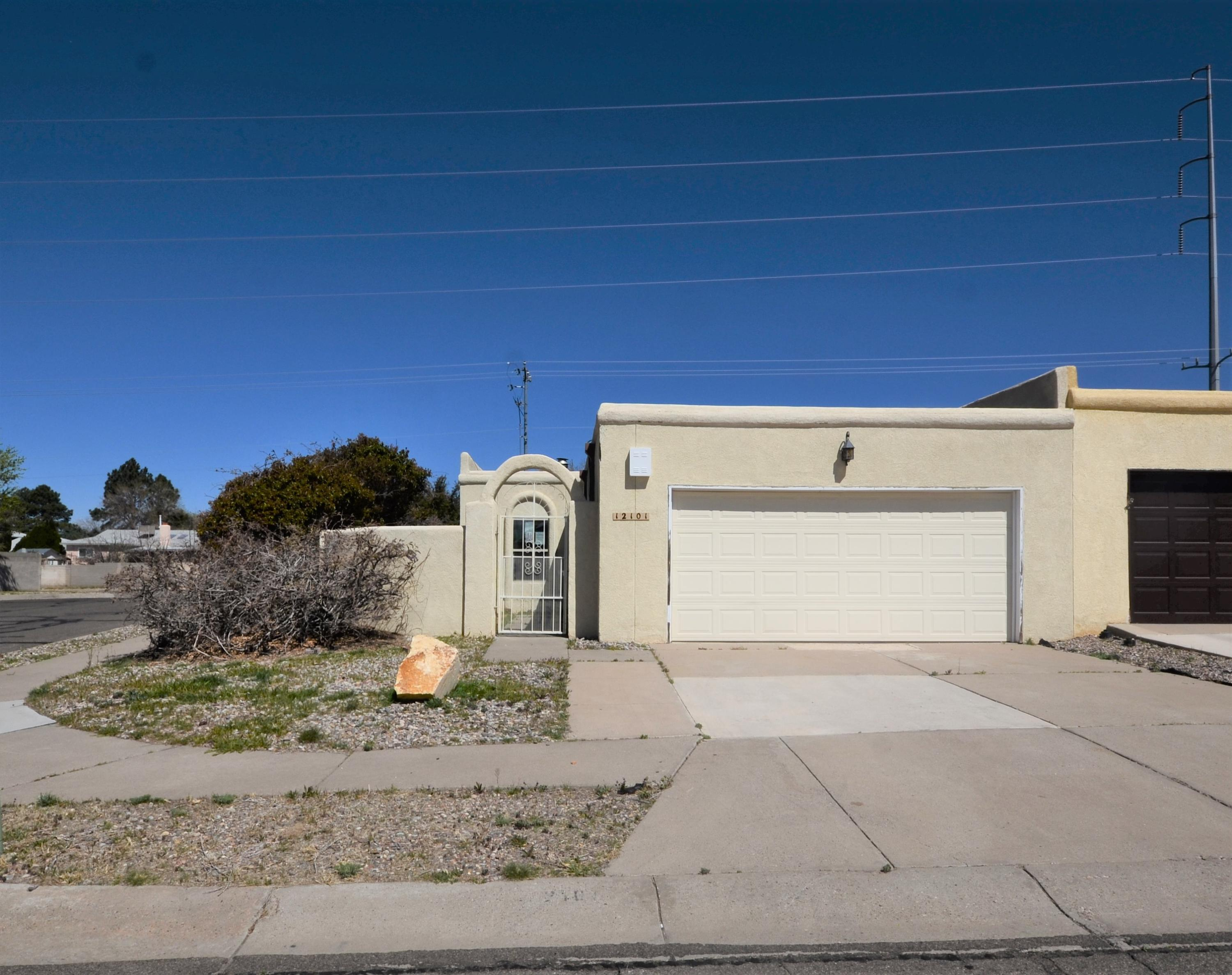 12101 NE Calle Zagal, one of homes for sale in Albuquerque Northeast Heights