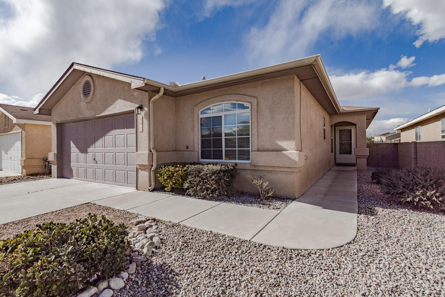 6619 NW Country Cove Place, Northwest Albuquerque and Northwest Heights, New Mexico