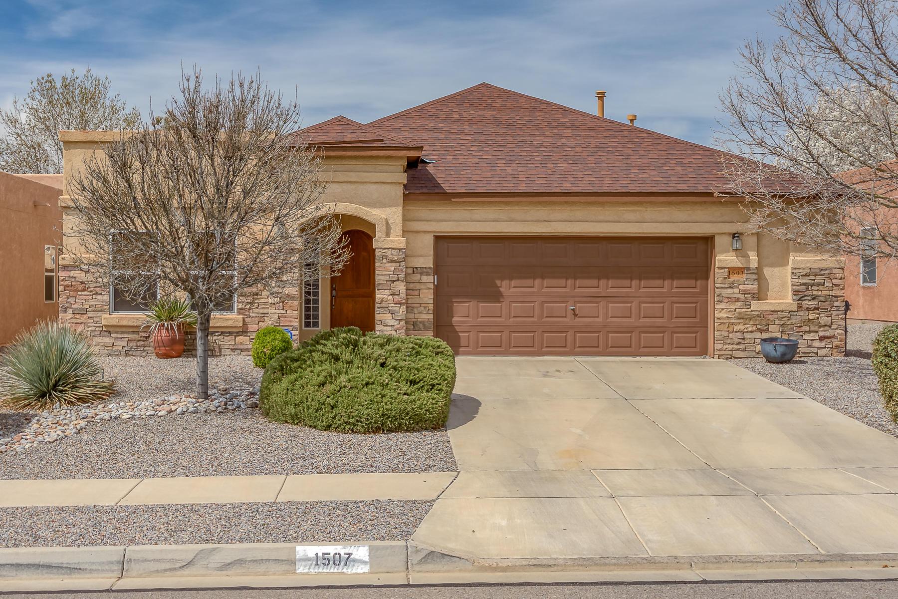 1507 SE Salida Sol Drive, Rio Rancho in Sandoval County, NM 87124 Home for Sale