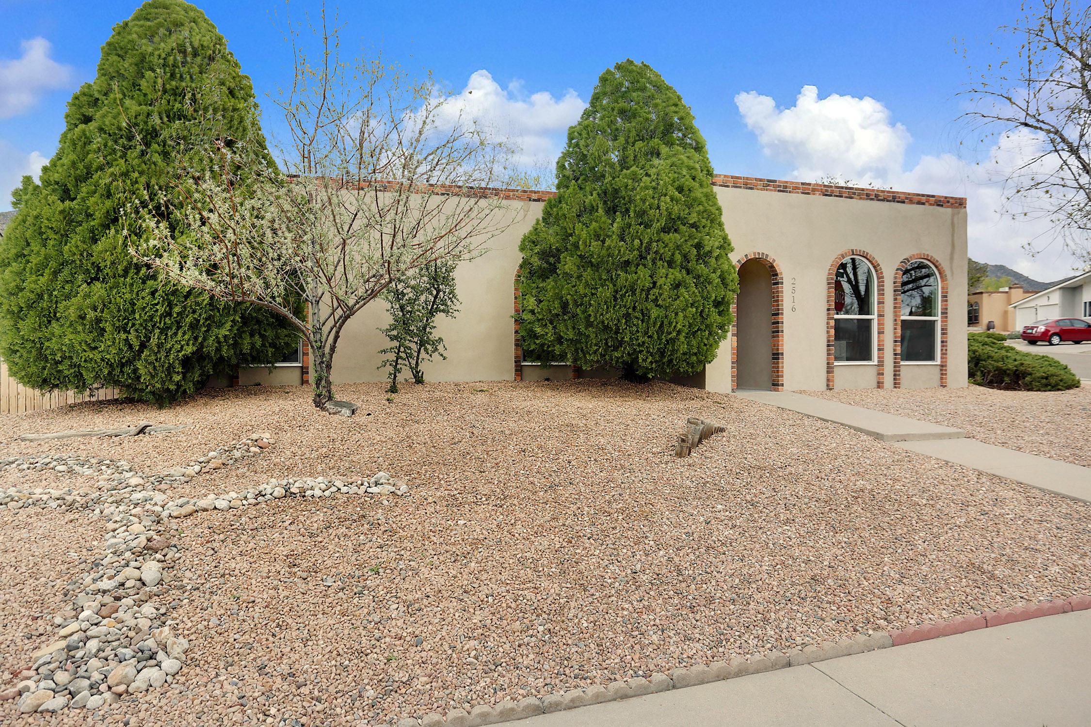 2516 NE Landman Drive, Albuquerque Northeast Heights, New Mexico