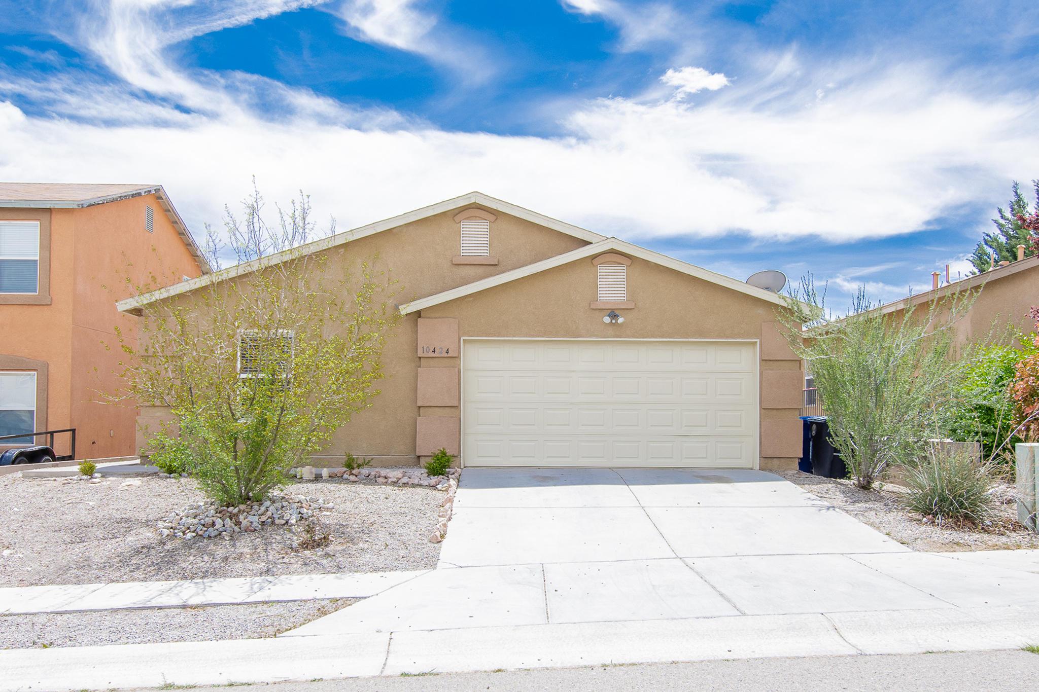 Photo of 10424 Gila Gulch Road SW, Albuquerque, NM 87121