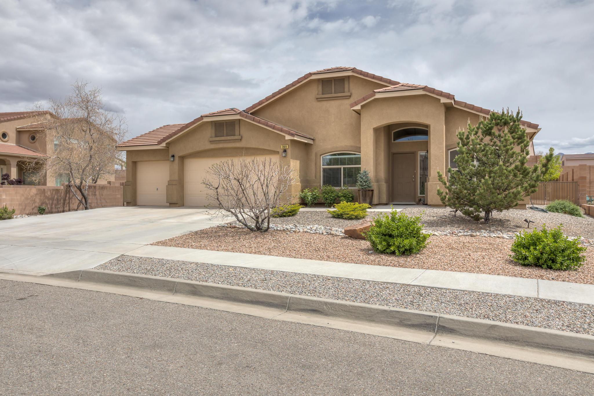 3909 NE Cholla Drive, Rio Rancho in Sandoval County, NM 87144 Home for Sale
