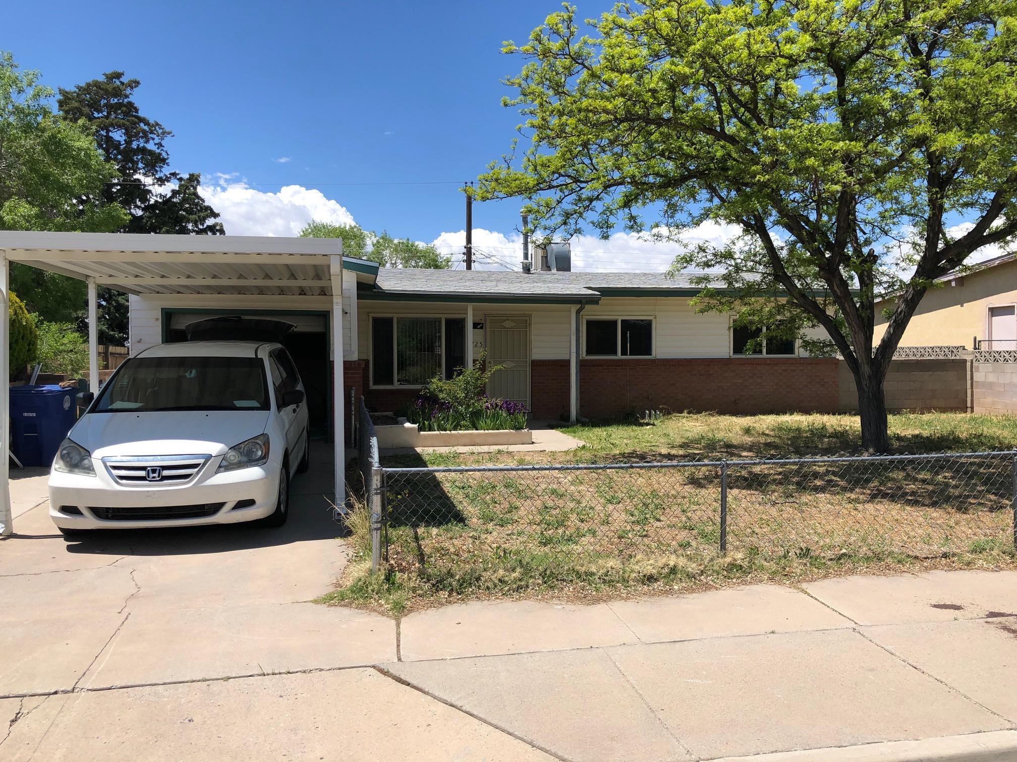 Photo of 725 Claudine Street NE, Albuquerque, NM 87123