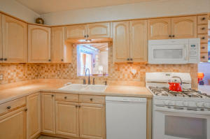 4500 PONDEROSA AVENUE NE, ALBUQUERQUE, NM 87110  Photo 8