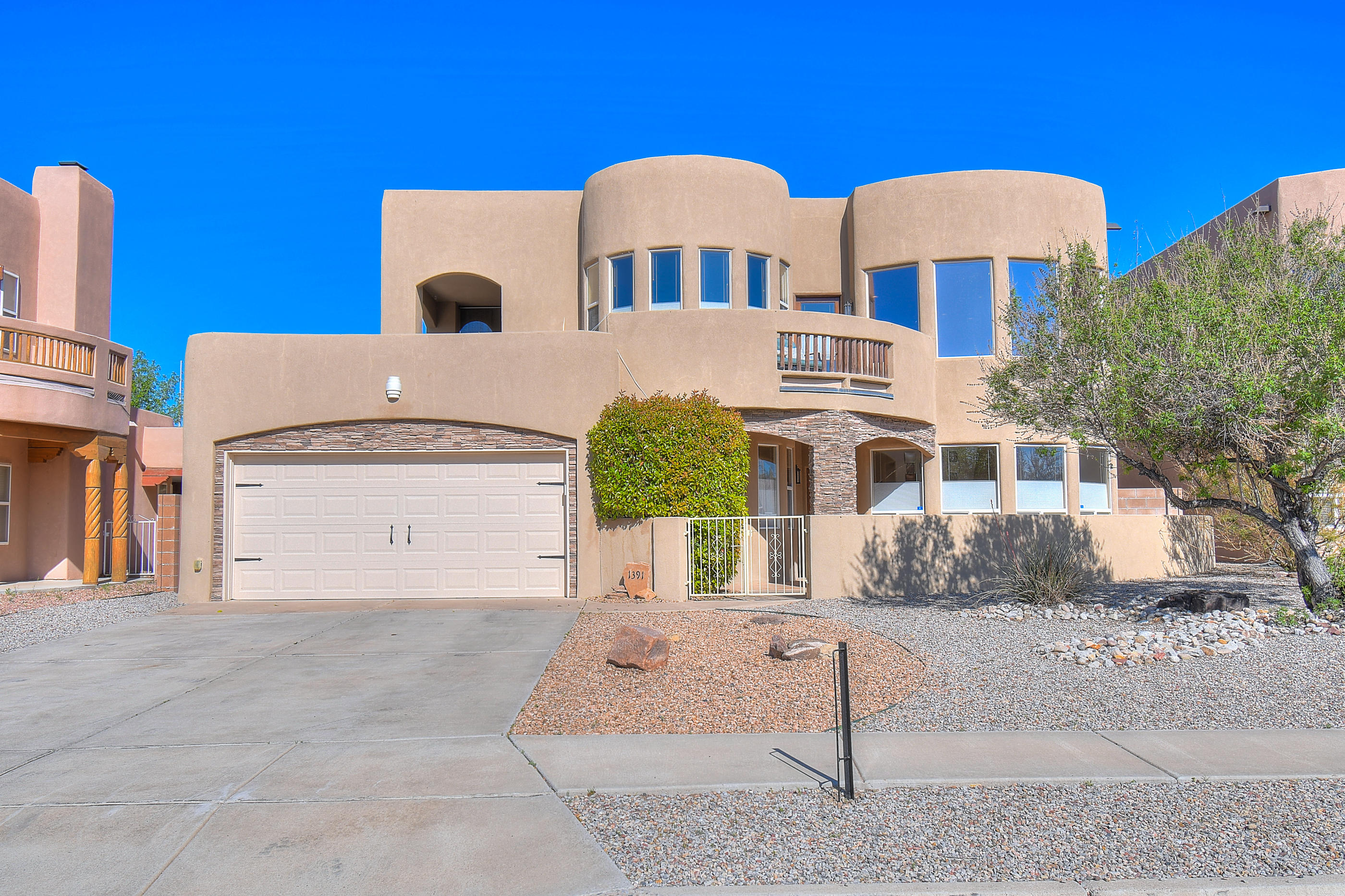 1391 SE Wilkes Way, Rio Rancho, New Mexico