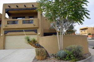 Northwest Albuquerque and Northwest Heights Homes for Sale -  Mountain View,  5109 NW Mirada Drive