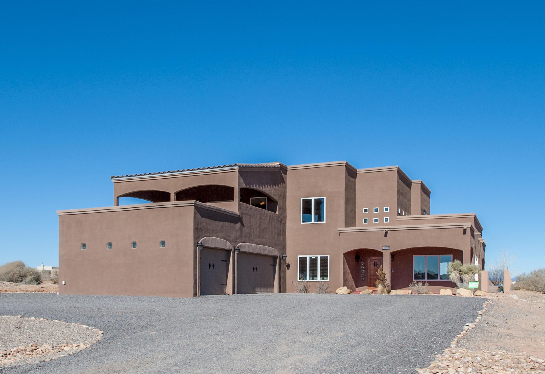 6367 NE Pasilla Road, Rio Rancho, New Mexico