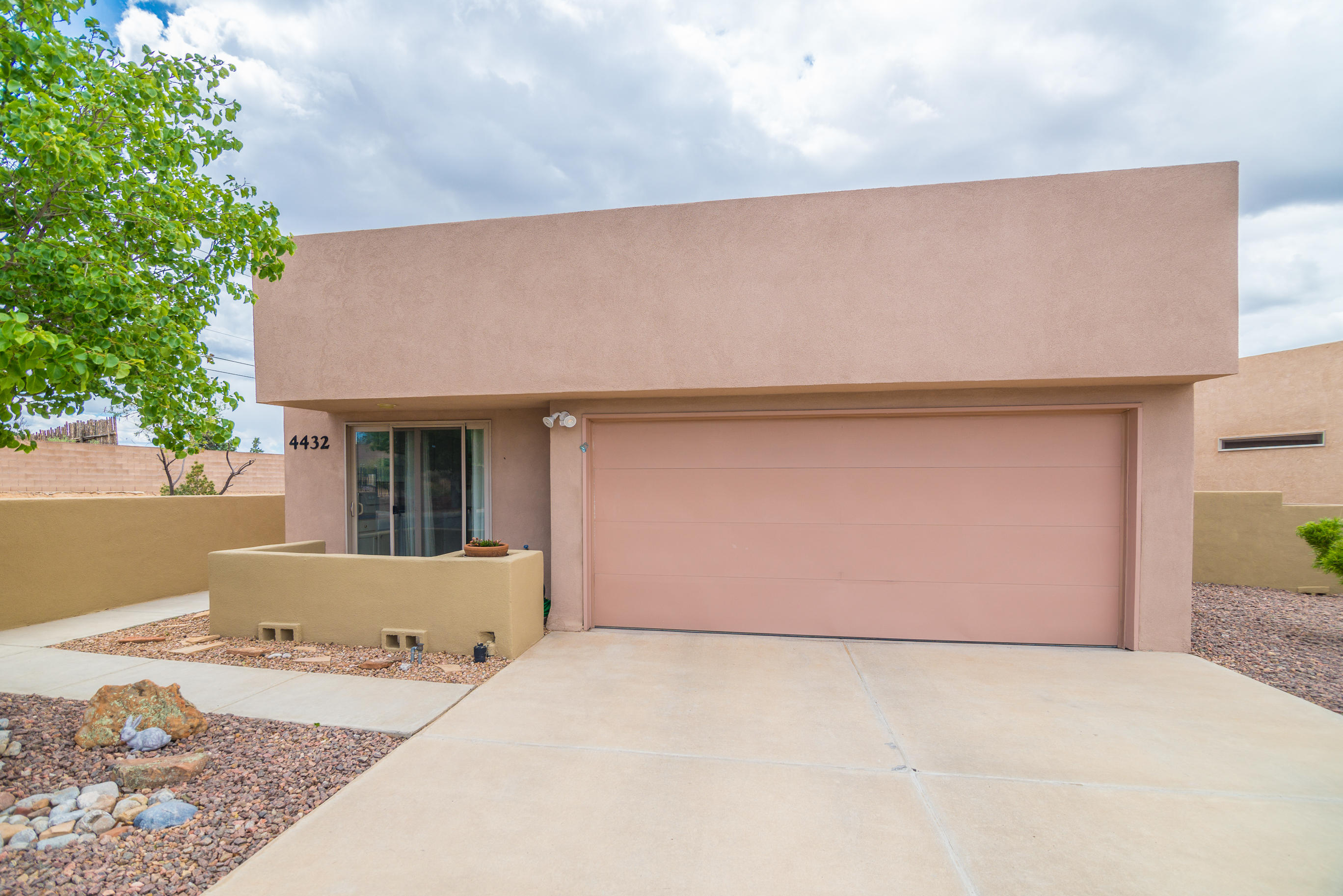 4432 SE Cave Primrose Court, Rio Rancho, New Mexico