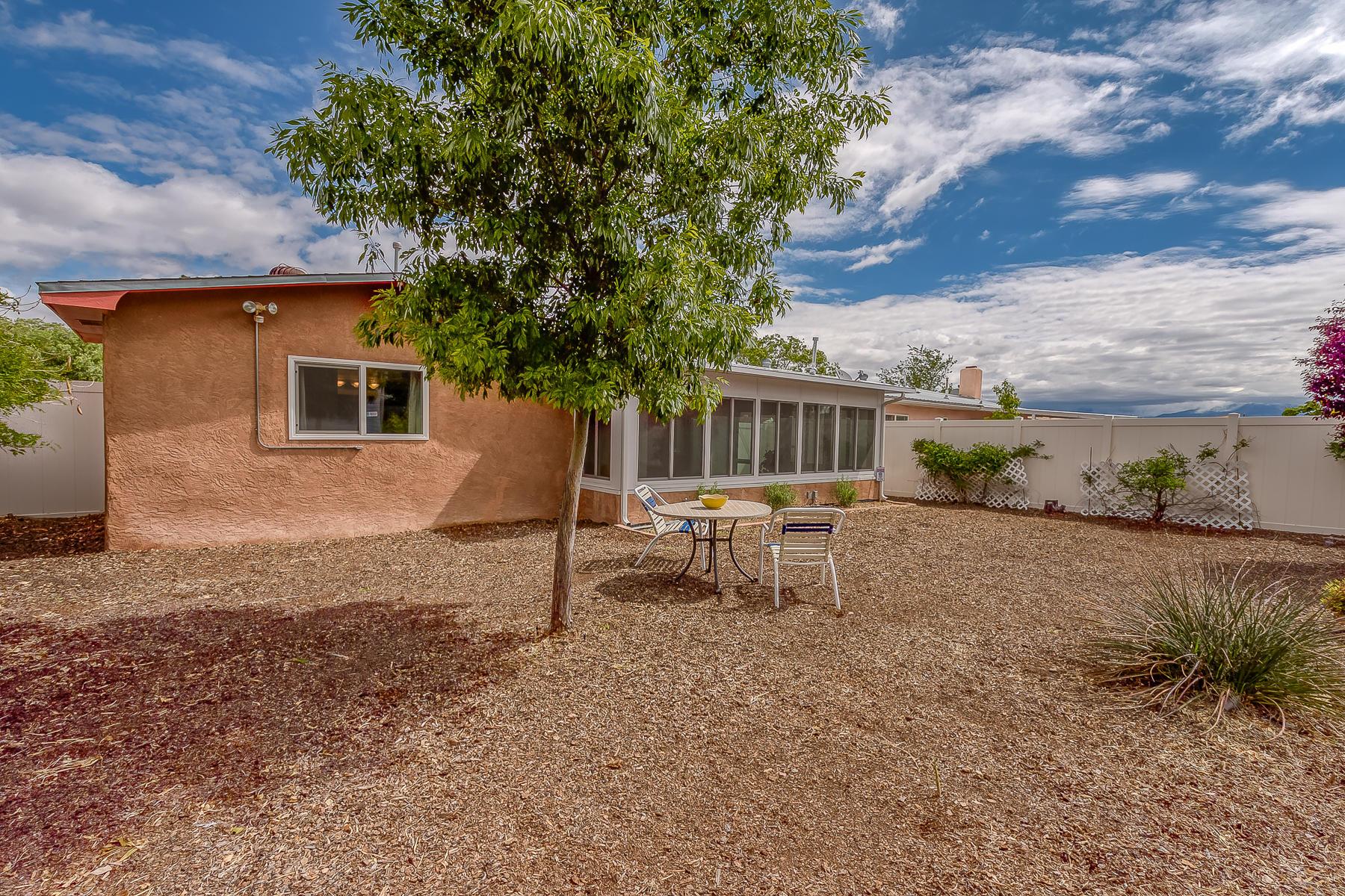 Photo of 5508 Hanover Road NW, Albuquerque, NM 87105