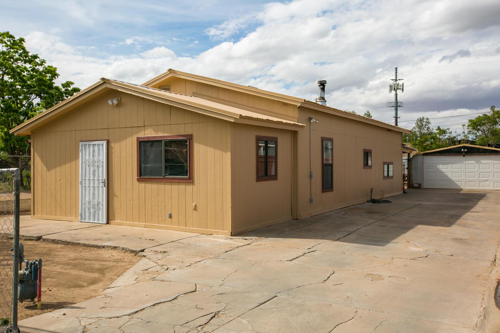 Photo of 217 Sanchez Road NW, Albuquerque, NM 87107
