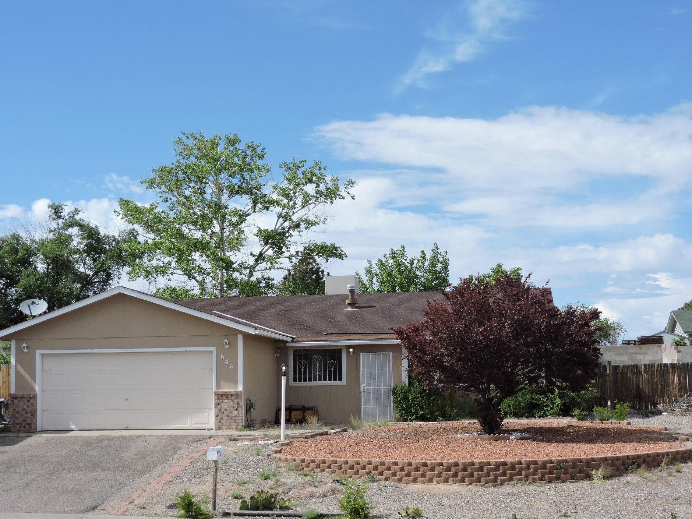 644 SE Hood Road, Rio Rancho, New Mexico