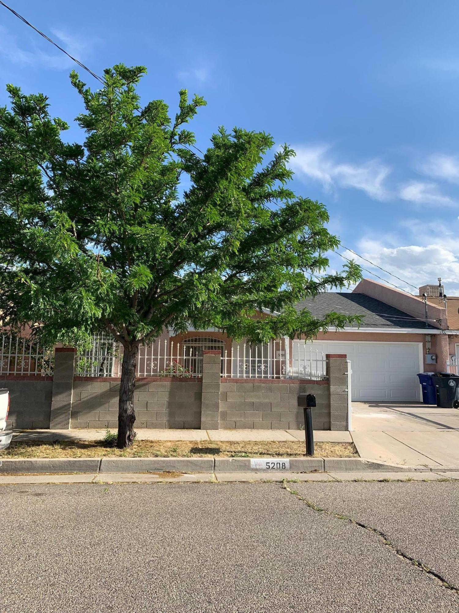 One of Northwest Albuquerque and Northwest Heights 3 Bedroom Homes for Sale at 5208 NW Pheasant Avenue