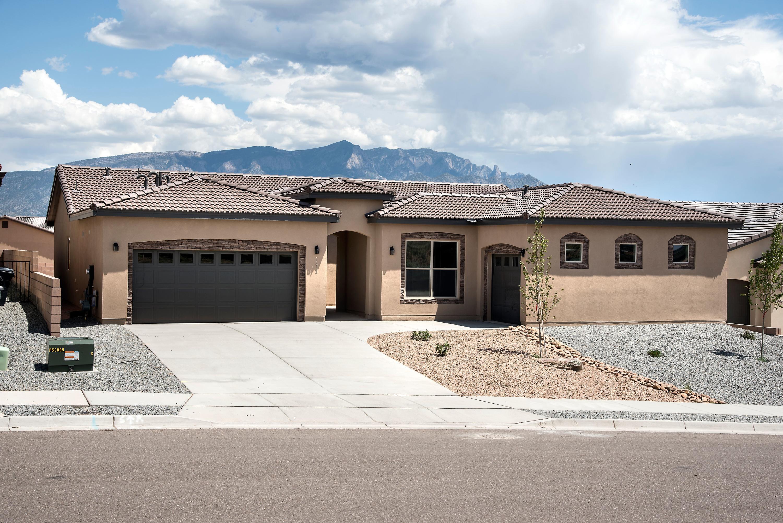 7252 NE Aldan Drive, Rio Rancho, New Mexico