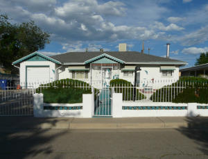 3506 VALENCIA DRIVE NE, ALBUQUERQUE, NM 87110  Photo 1
