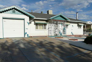 3506 VALENCIA DRIVE NE, ALBUQUERQUE, NM 87110  Photo 2