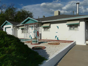 3506 VALENCIA DRIVE NE, ALBUQUERQUE, NM 87110  Photo 3