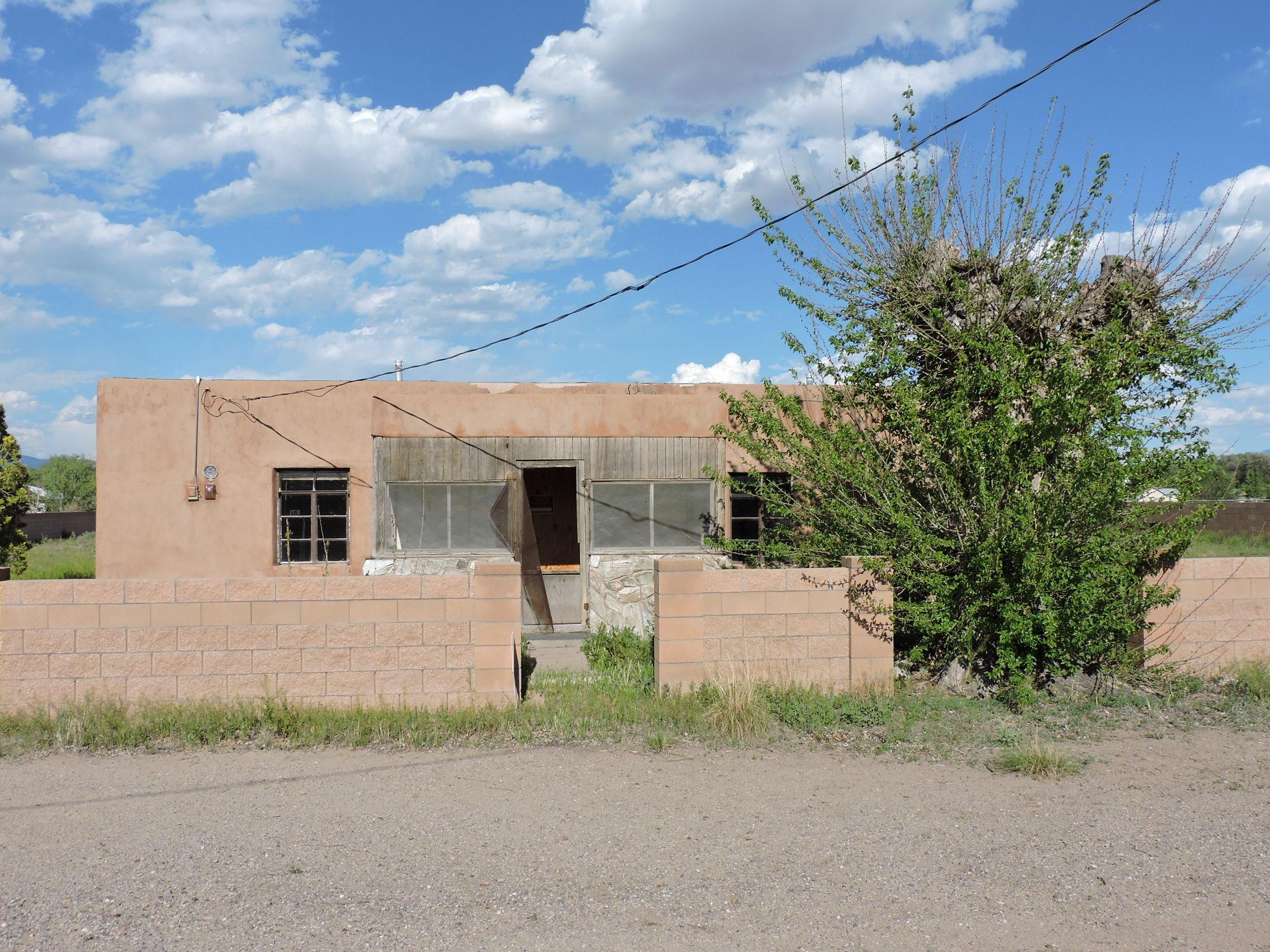 Photo of 2724 Malpais Road SW, Albuquerque, NM 87105