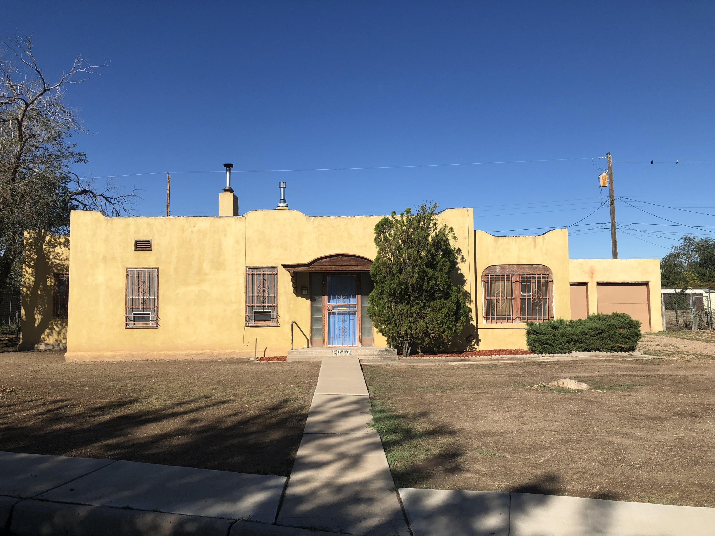 Photo of 1017 Lynch Court NW, Albuquerque, NM 87104