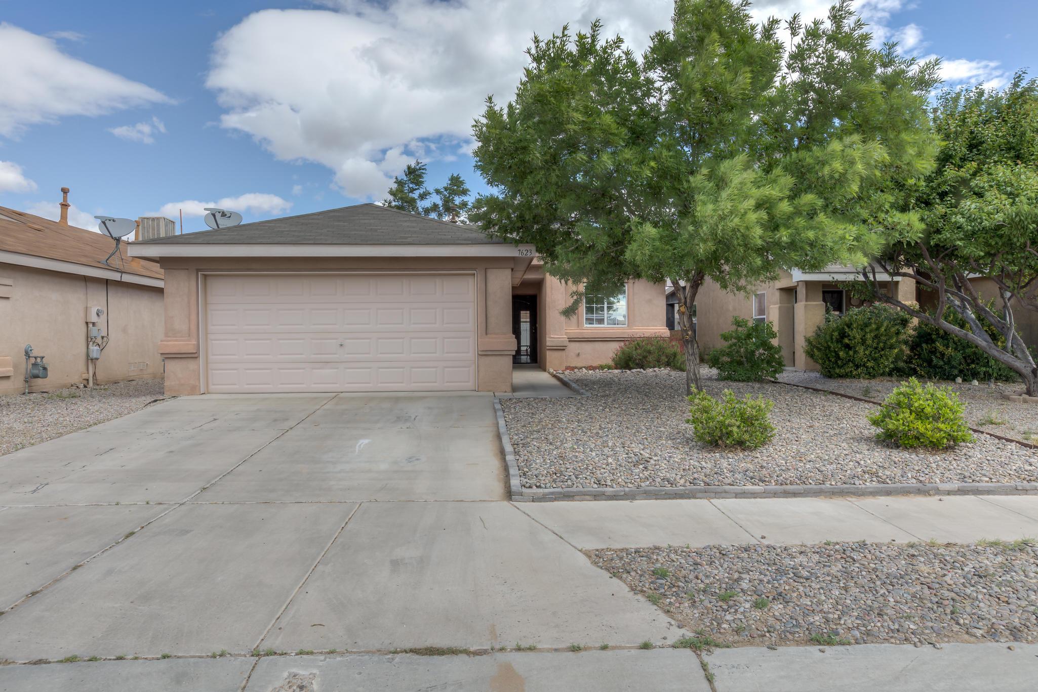 Photo of 7623 Pronghorn Road SW, Albuquerque, NM 87121