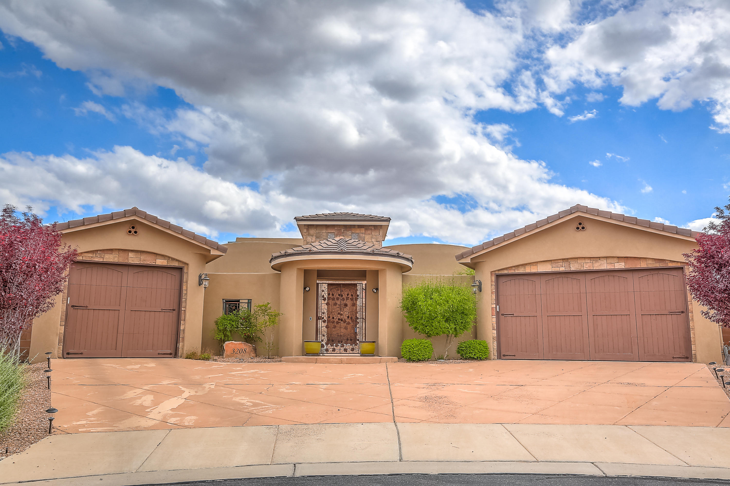 3208 SE Greystone Court, Rio Rancho, New Mexico