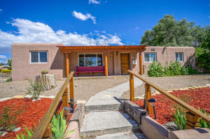 3524 ALVARADO DRIVE NE, ALBUQUERQUE, NM 87110  Photo 1