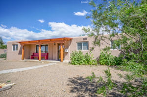 3524 ALVARADO DRIVE NE, ALBUQUERQUE, NM 87110  Photo 2