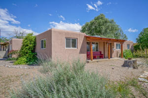 3524 ALVARADO DRIVE NE, ALBUQUERQUE, NM 87110  Photo 3