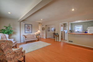 5712 EUCLID AVENUE NE, ALBUQUERQUE, NM 87110  Photo 3