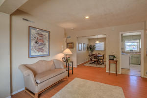 5712 EUCLID AVENUE NE, ALBUQUERQUE, NM 87110  Photo 4