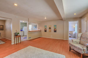 5712 EUCLID AVENUE NE, ALBUQUERQUE, NM 87110  Photo 5
