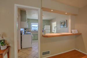 5712 EUCLID AVENUE NE, ALBUQUERQUE, NM 87110  Photo 8
