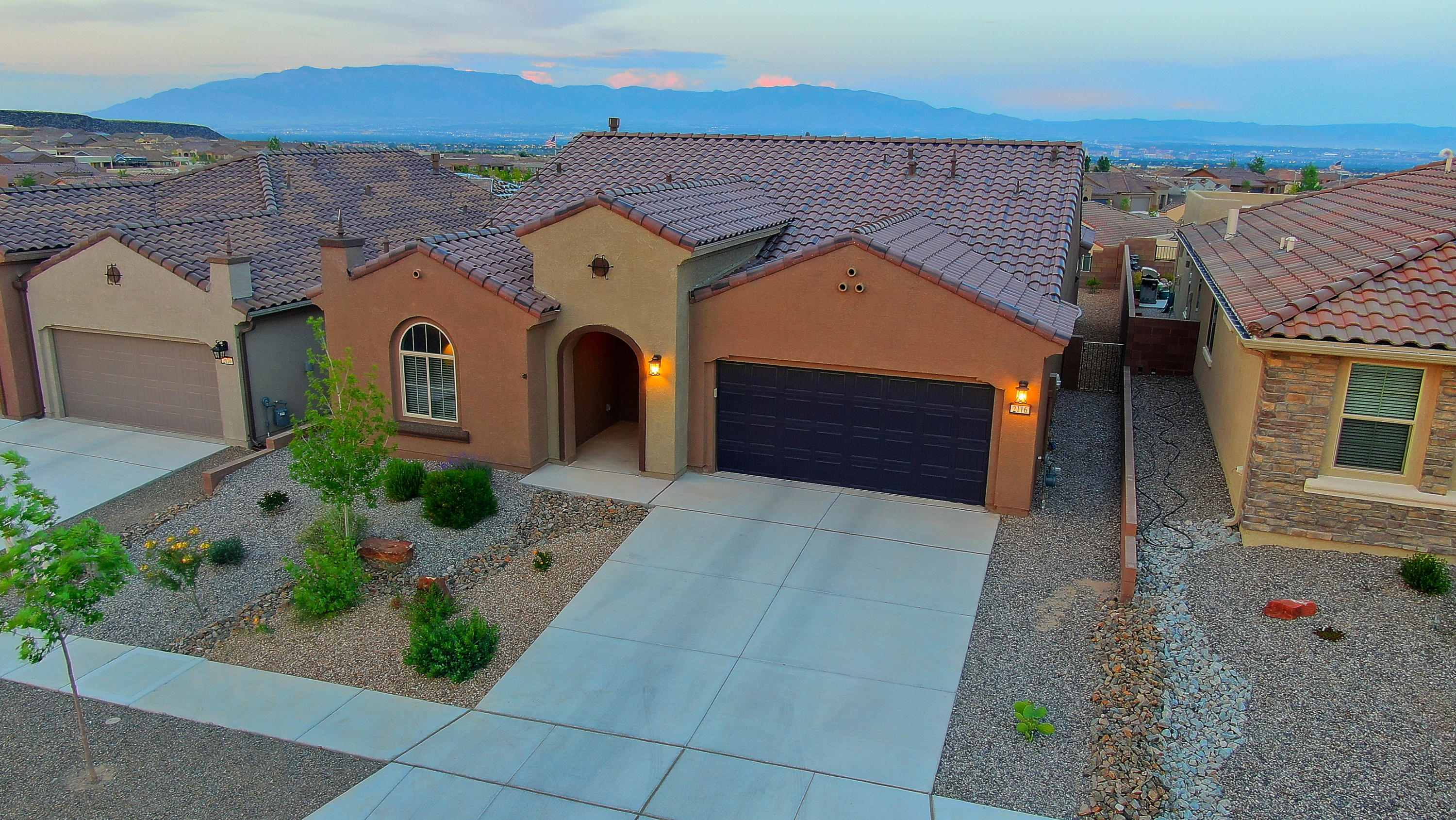 2116 NW Cave Creek Lane, Northwest Albuquerque and Northwest Heights, New Mexico