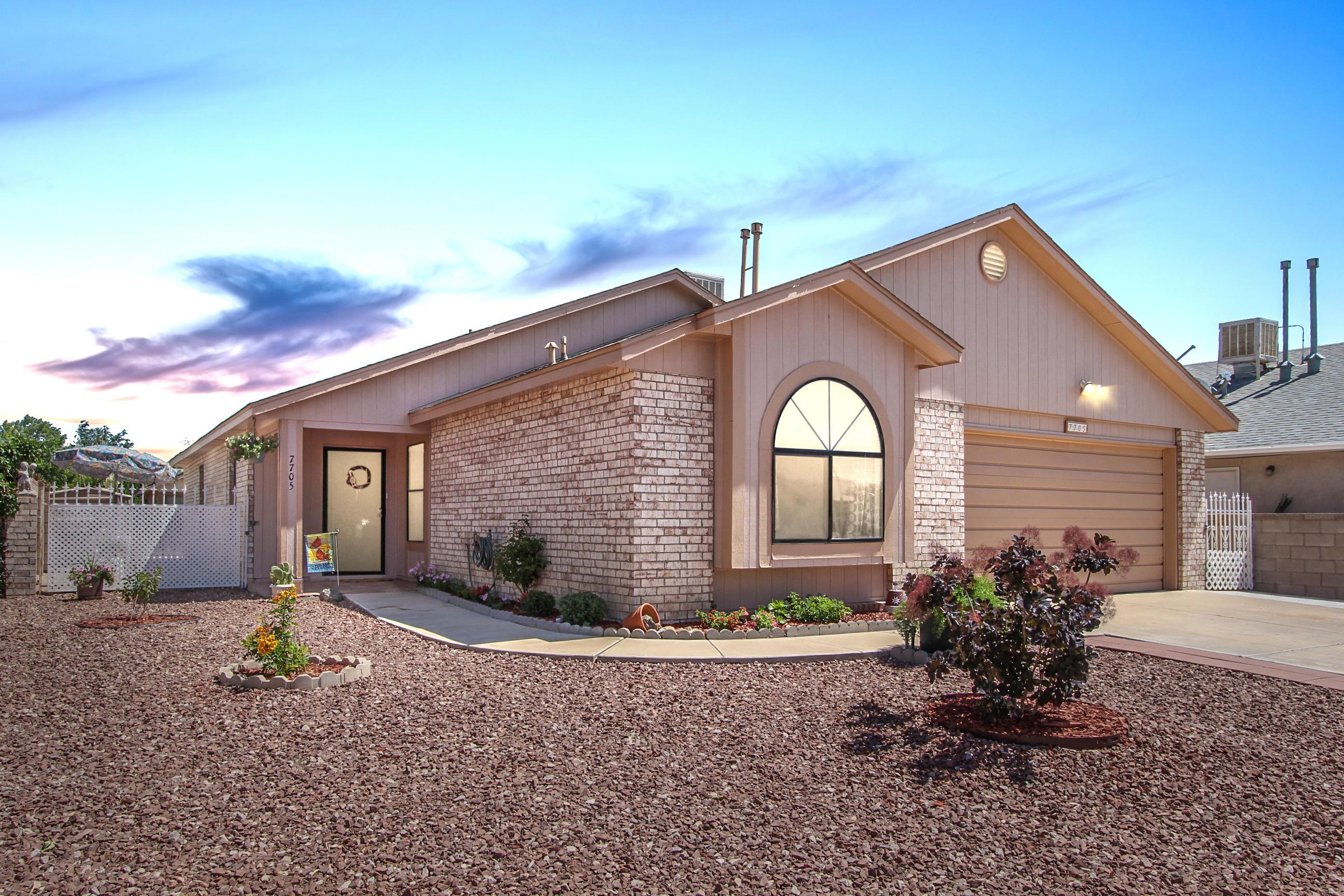 7705 NW Santa Catarina Court, Northwest Albuquerque and Northwest Heights, New Mexico