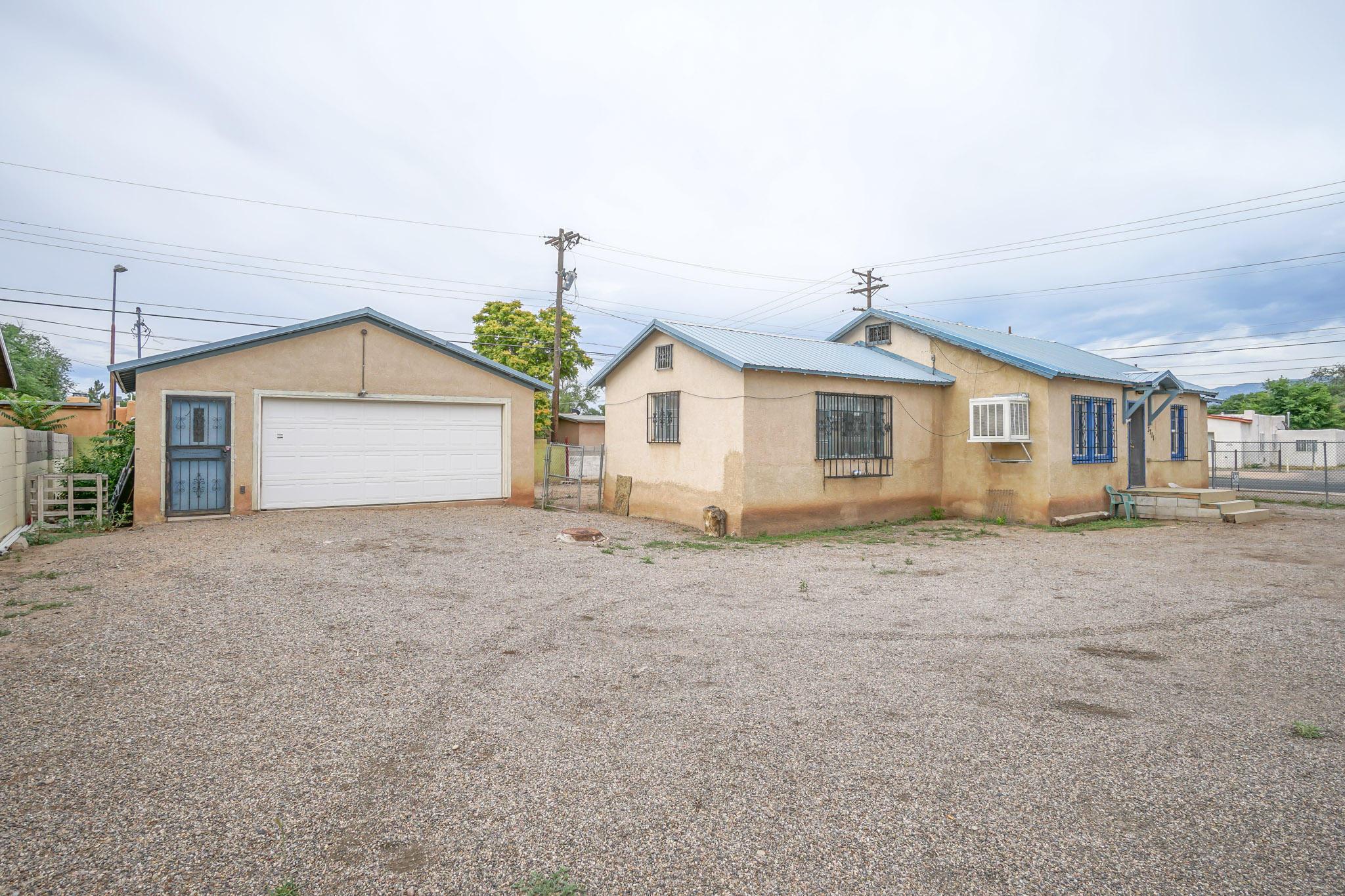 Photo of 3711 12Th Street NW, Albuquerque, NM 87107