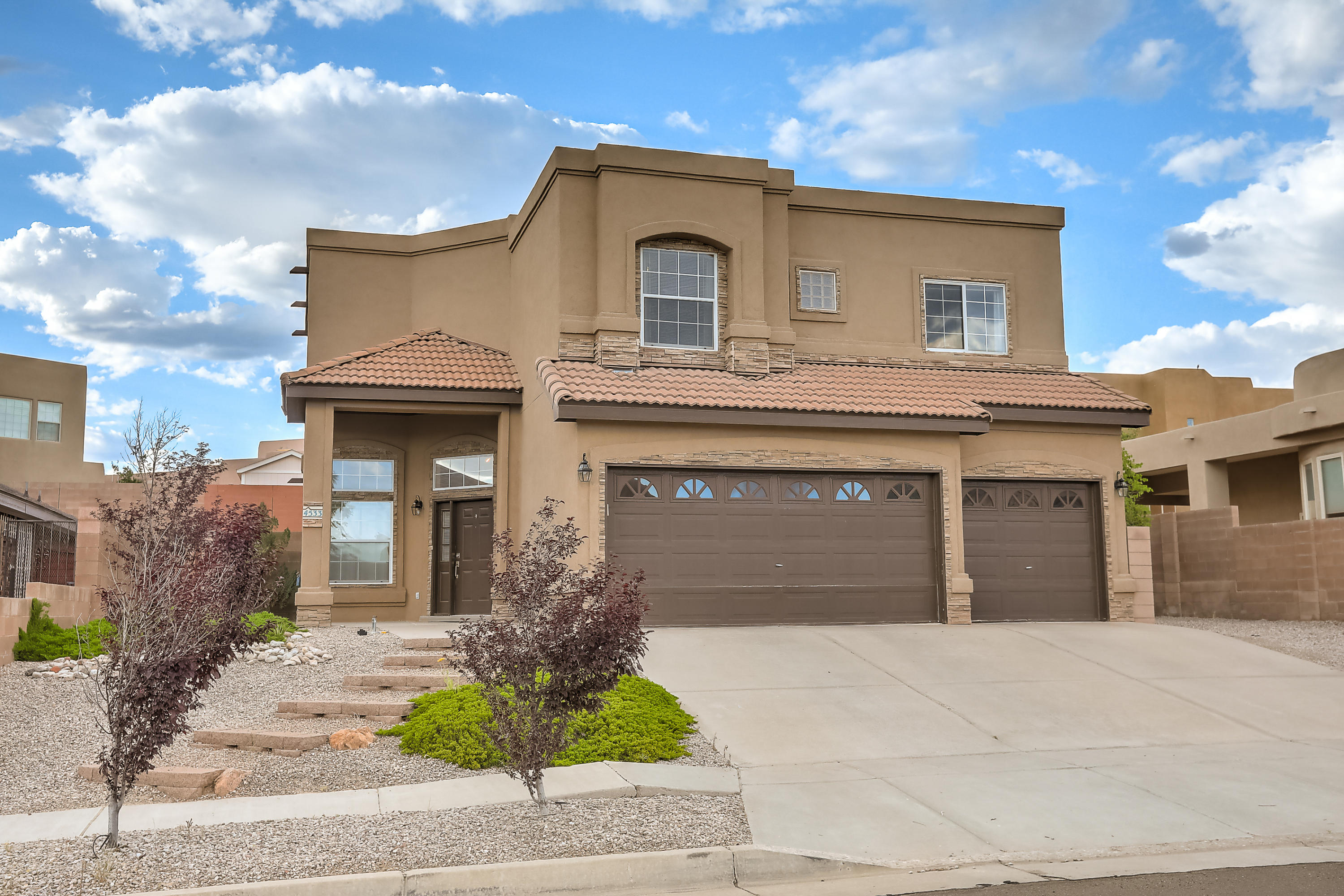 4533 NW Arrowhead Avenue, Northwest Albuquerque and Northwest Heights, New Mexico