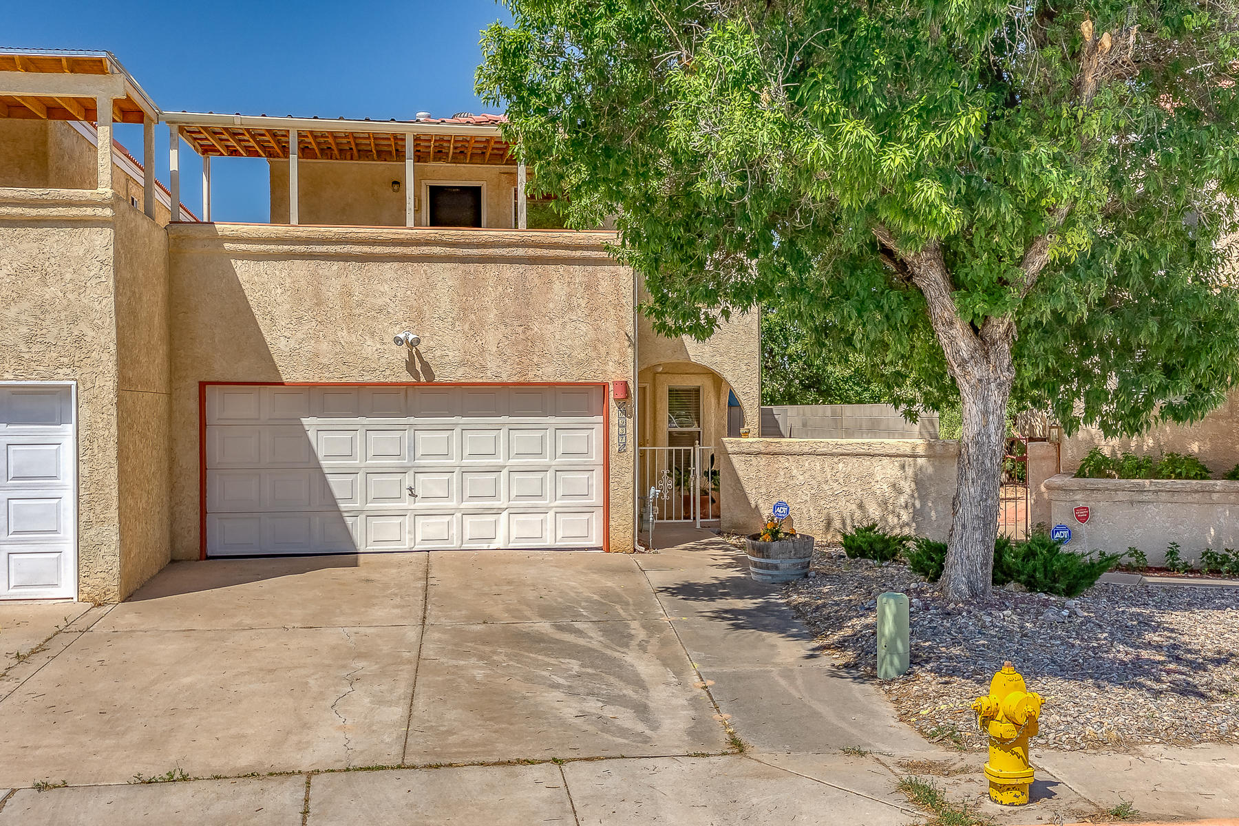 One of Northwest Albuquerque and Northwest Heights 3 Bedroom Homes for Sale at 6937 NW El Cajon Court