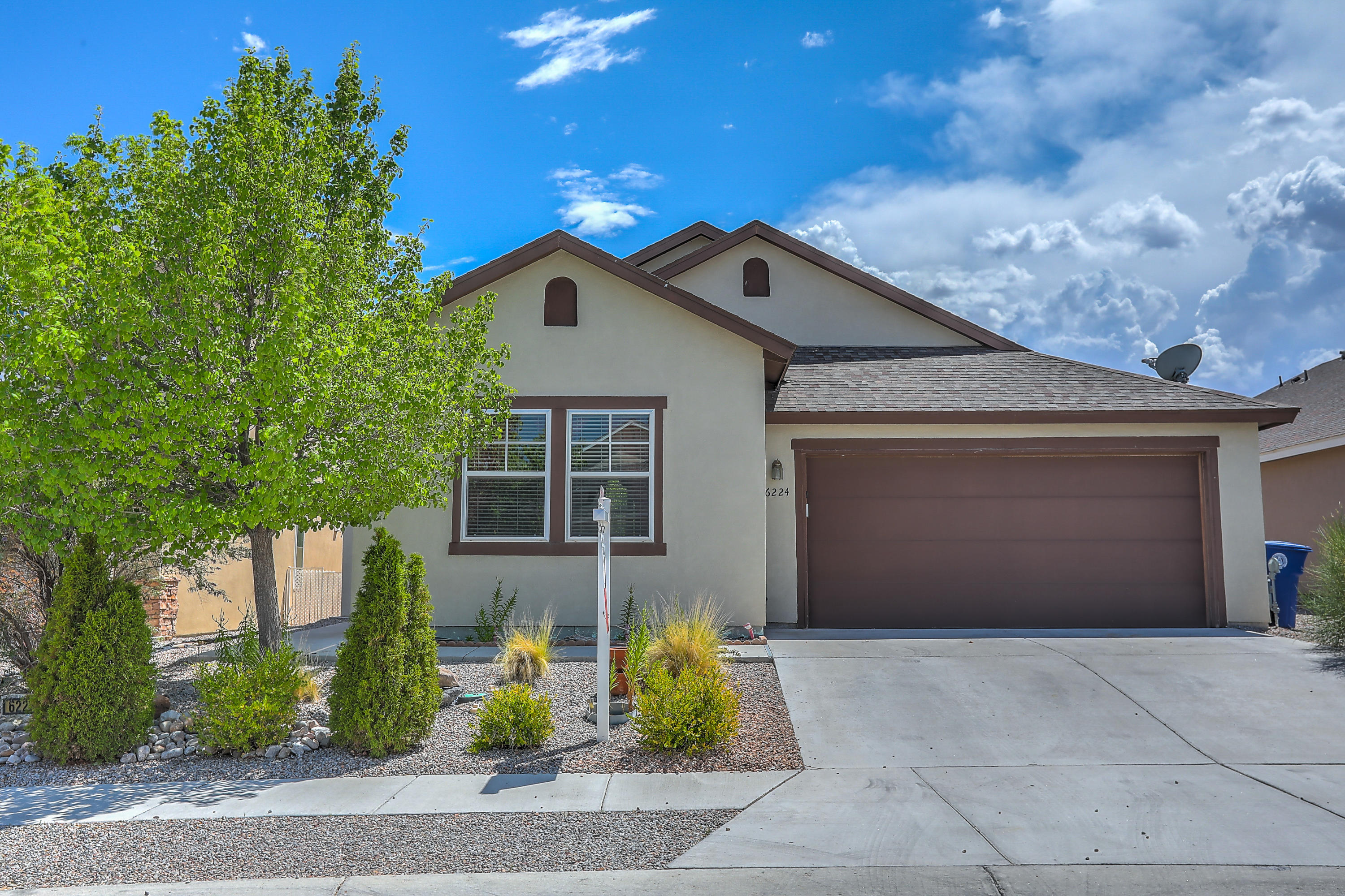 Northwest Albuquerque and Northwest Heights Homes for Sale -  Spa,  6224 NW Corte Alzira