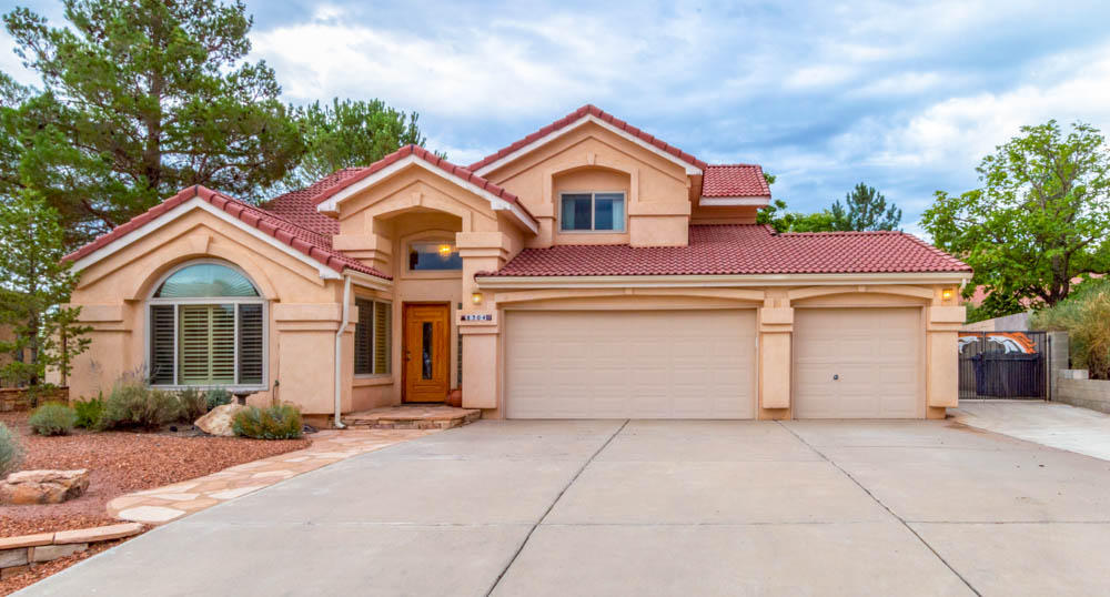 8304 NW Waverly Drive, Northwest Albuquerque and Northwest Heights, New Mexico