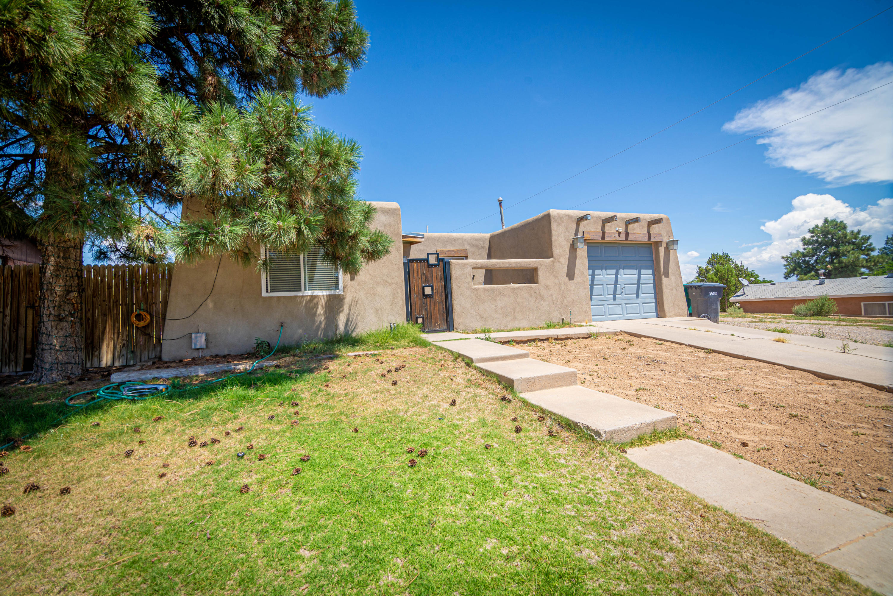 5701 NW Alegria Road, Northwest Albuquerque and Northwest Heights, New Mexico
