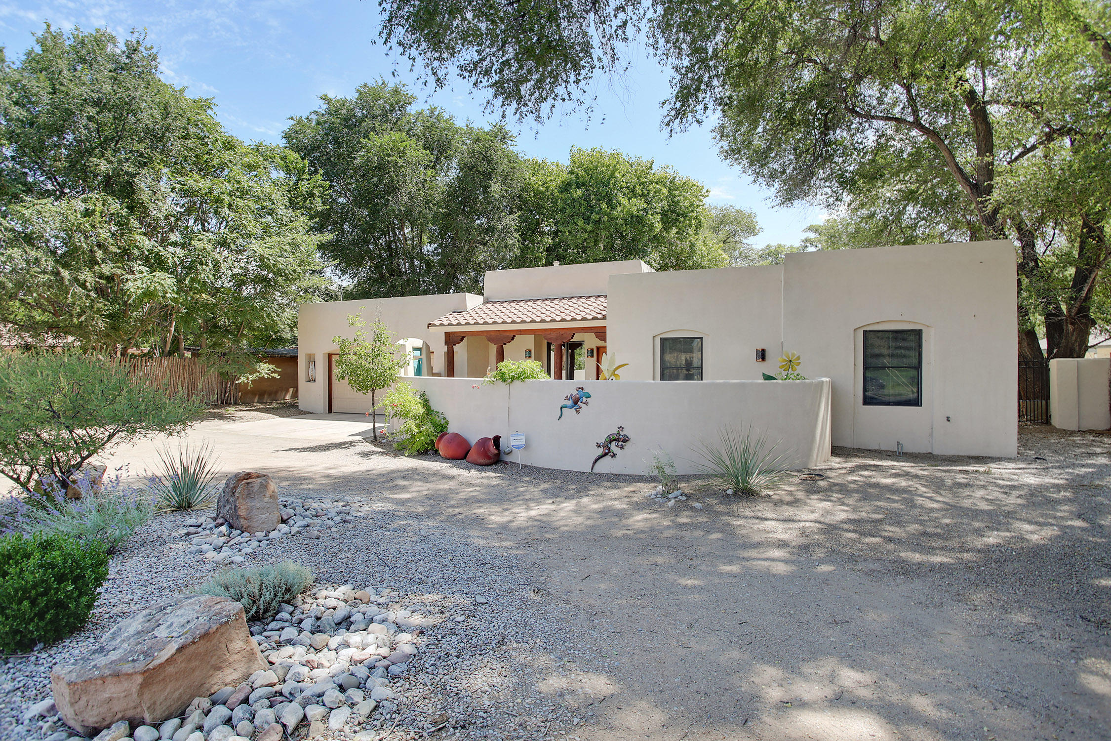 8416  Rio Grande Boulevard, Northwest Albuquerque and Northwest Heights, New Mexico