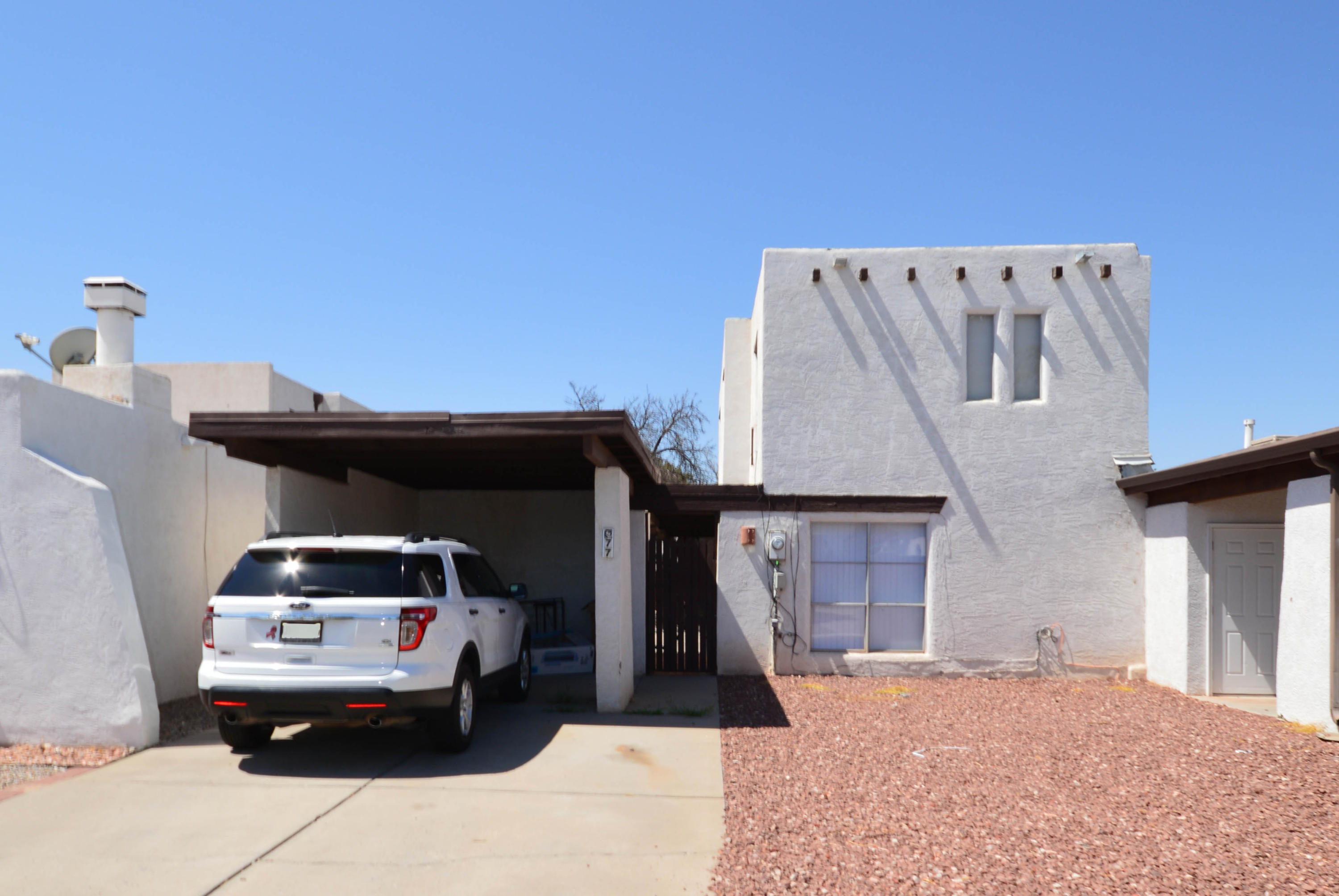 One of Northwest Albuquerque and Northwest Heights 3 Bedroom Homes for Sale at 77 NW Calle Arroyo Seco