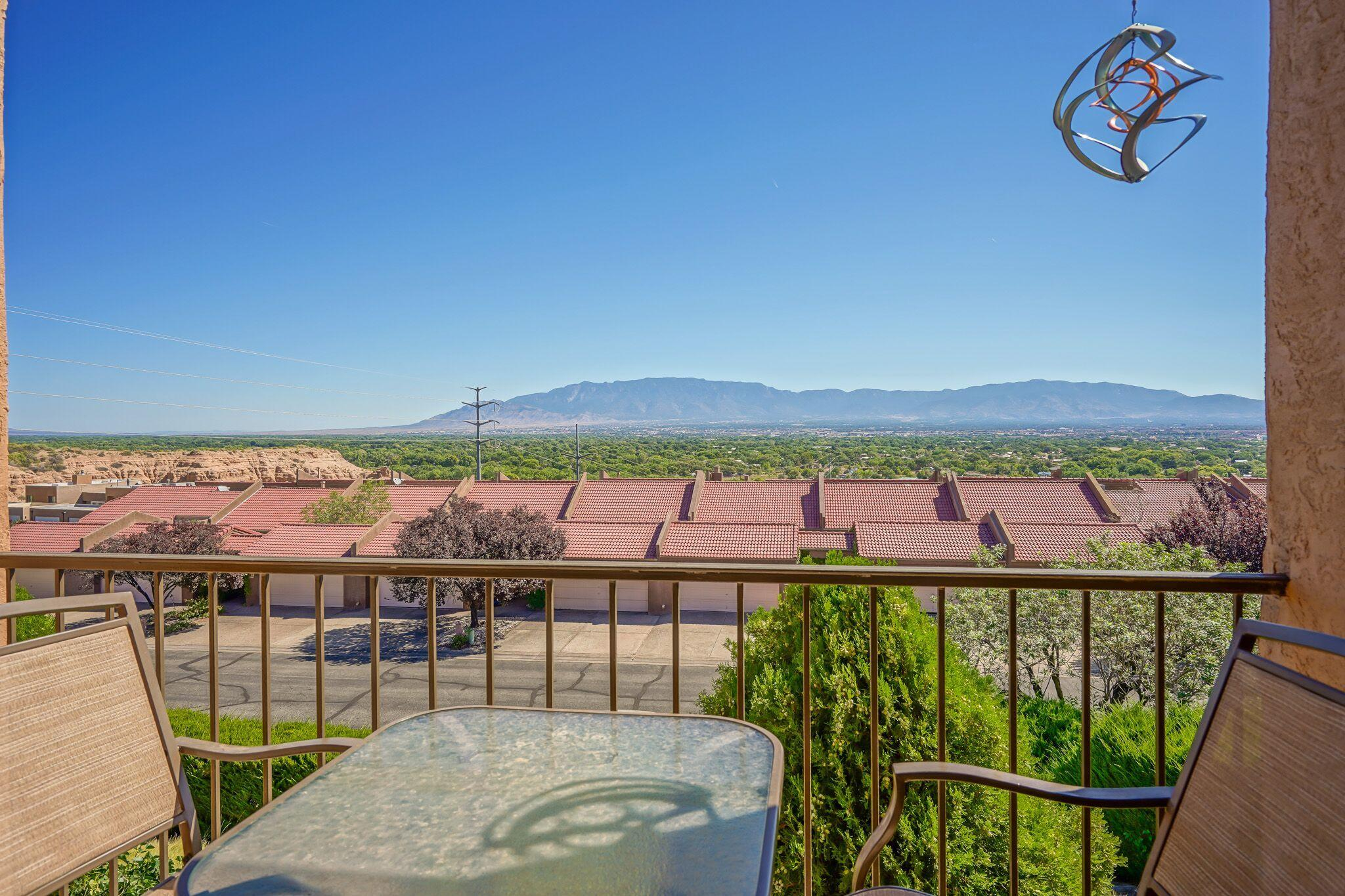 2700 NW Vista Grande Drive, Northwest Albuquerque and Northwest Heights, New Mexico